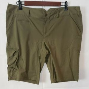 Lucy Shorts Womens Size 14 Olive Green